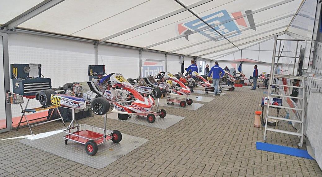 Mach1 Motorsport at the DSKM in Oschersleben