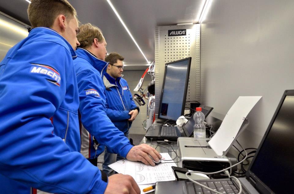 Mach1 Motorsport Team Data Recording